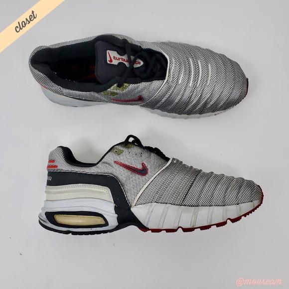 edc31f76ae28 ... 2000 Air Max Sneakers. M 5b87611c9fe486fb280c5eb0